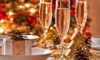 2015 Рік - оформляйте новорічний стіл правильно
