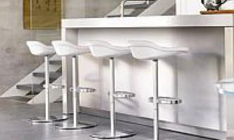Барні меблі - стільці та табурети, де купити і що вибрати