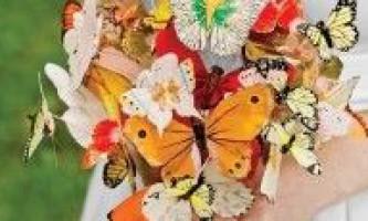 Букет на весілля з метеликів