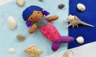 Іграшка русалочка - з фетру