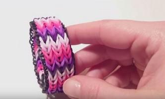 Як плести потрійний браслет з гумок