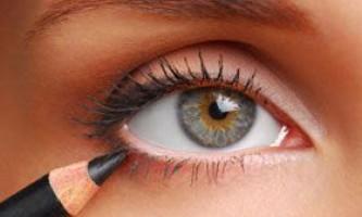 Як правильно і красиво нафарбувати очі олівцем