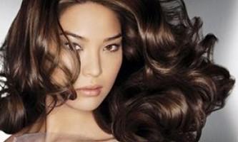 Як надати волоссю об`єм
