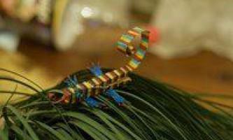 Як зробити ящірку з прищіпки