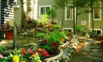 Як зробити садову клумбу