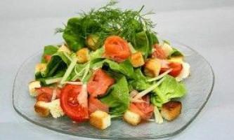 Як зробити салат цезар з сьомгою?