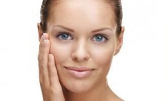 Як доглядати за нормальною шкірою обличчя