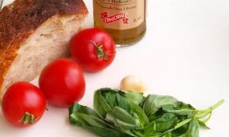 Красиві і оригінальні закуски на 8 березня