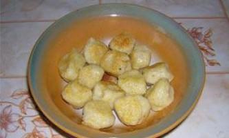 Кукурудзяні галушки - рецепт приготування
