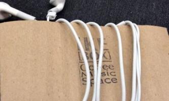 Лайфхак для зберігання навушників від заплутування # 1