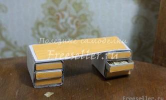 Міні-столик для дрібниць із сірникових коробок