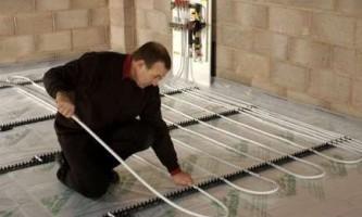 Монтаж теплої підлоги з рідким теплоносієм