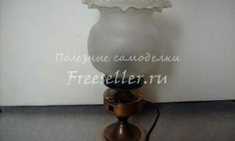 Настільна лампа з деталей старої люстри