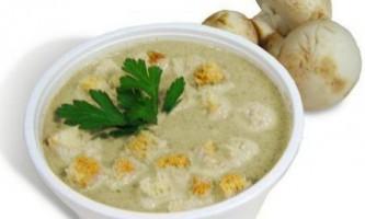 Ніжний крем-суп з грибів