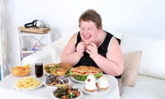 Переїдання - гріх, або коли їжа вбиває людину