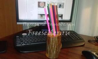 Підставка для олівців з дерева