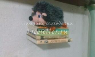 Полку - невидимка для книг і м`яких іграшок