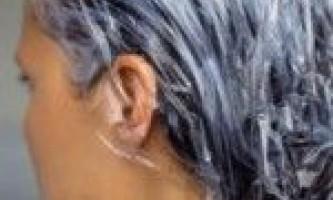 Правильне миття і натуральні маски для волосся.