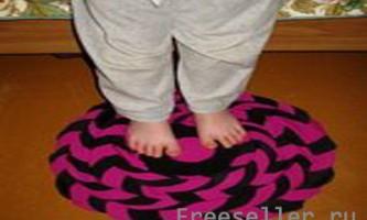Прікроватний килимок з гуртків