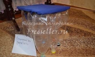 Пуф для дачі з пластикових пляшок