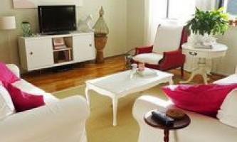 Розстановка меблів у вітальні квартири