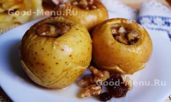 Печені яблука в духовці