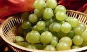 Салат з дині і винограду