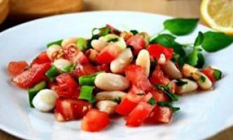 Салат із зеленої та білої квасолі
