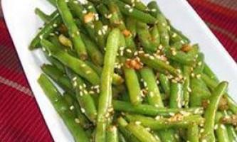 Салат із зеленої стручкової квасолі