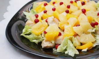 Салат з курячою грудкою