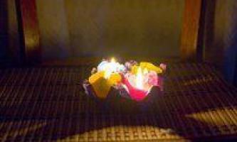 Саморобні свічки з яєчної шкаралупи