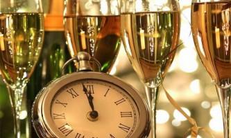 Сьогодні вночі до нас прийде новий 2015 рік