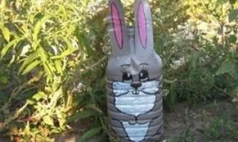 Заєць з пластикової пляшки своїми руками - фото, відео як зробити